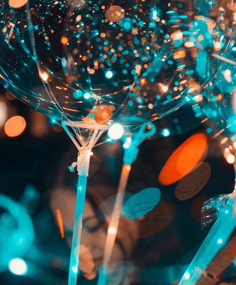 Pampig och festlig ballong